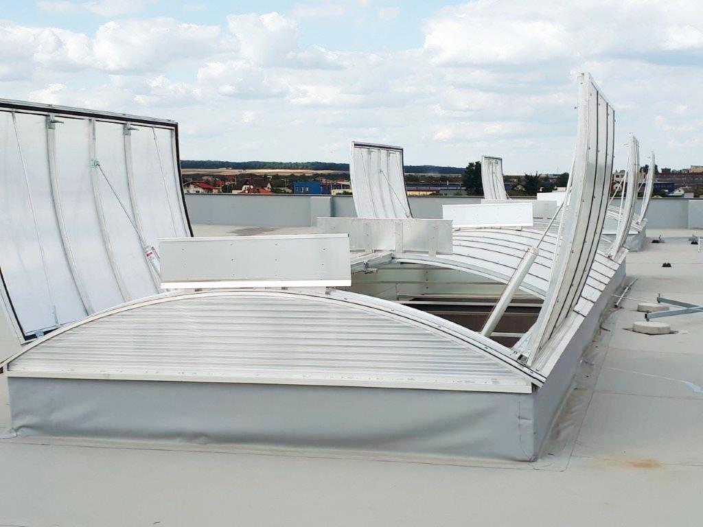 świetliki dachowe izolowane