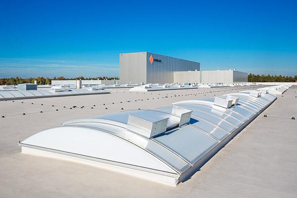 energooszczędne cieple świetliki dachowe